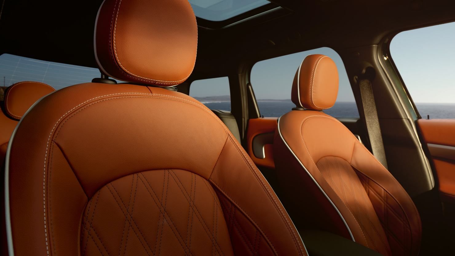 PREMIUM LEATHER UPHOLSTERY.