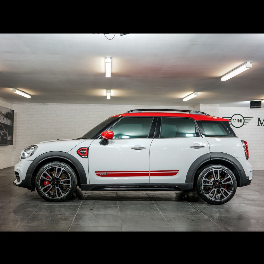 MINI John Cooper Works Countryman (306HP)